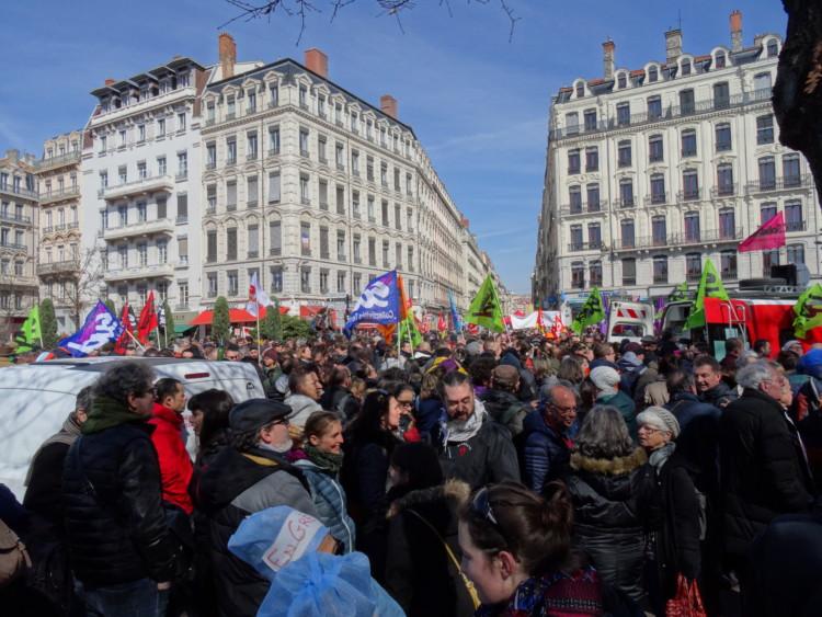 Mobilisation contre la réforme des retraites : une approbation majoritaire mais un soutien en net recul