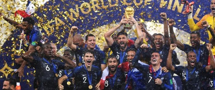 Un effet Coupe du Monde réel sur le patriotisme, léger sur le moral des Français