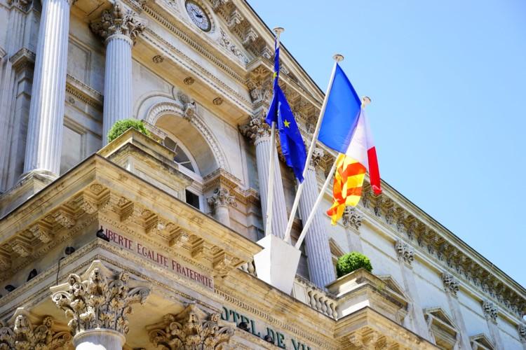 Des Français divisés sur la réduction du nombre de fonctionnaires