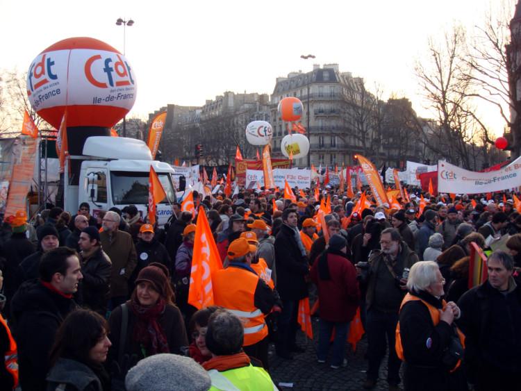 Réforme des retraites : les syndicats de salariés face à la défiance des Français