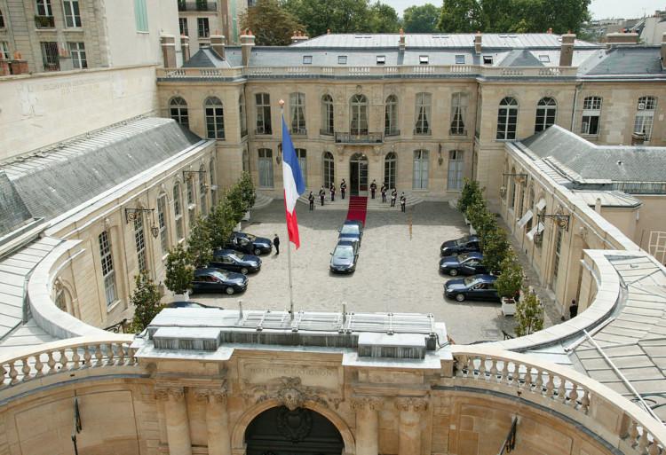 Coronavirus (vague 14) : Les Français jugent Edouard Philippe plus à la hauteur de la situation qu'Emmanuel Macron