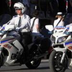 Policiers à moto