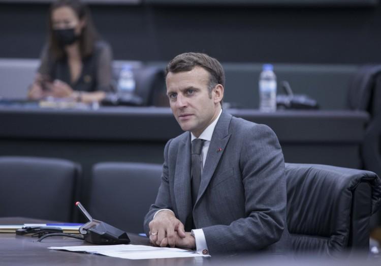 L'action d'Emmanuel Macron est jugée décevante par 1 Français sur 2